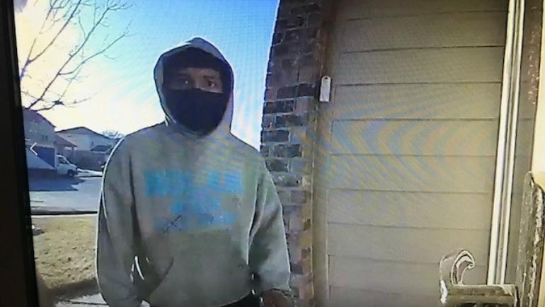 Killeen Police Need Your Help Identifying These Burglars